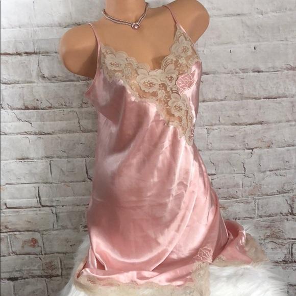 VINTAGE Victorias Secret gold label floral satin /& lace slip dress  babydoll dress  lingerie  sleepwear intimates